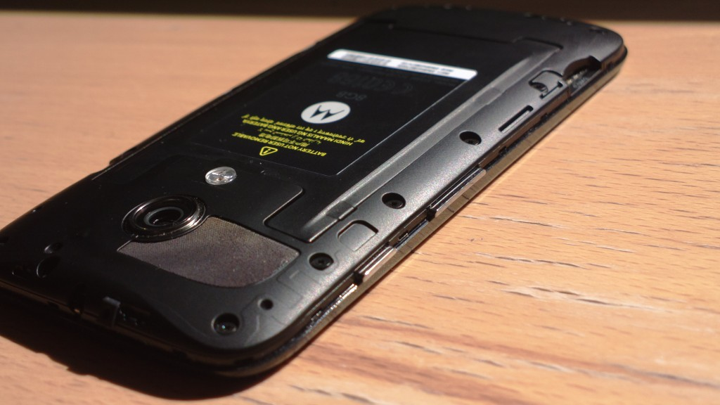 moto g review back cover battery top left ycp